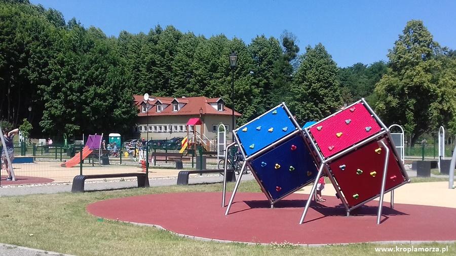 najfajniejsze-place-zabaw-w-gdansku-park-orunski